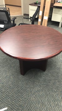 round brown wooden pedestal table Aberdeen Proving Ground, 21005