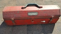 Vintage red Craftsman toolbox. Perfect size!