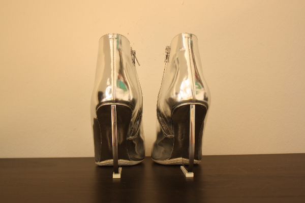 Maison Margiela silver leather ankle boots 6832 km
