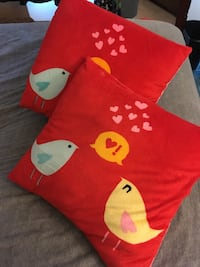 Bird Pillows Purcellville, 20132