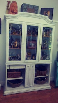white and blue wooden display cabinet Auburndale, 33823