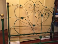 Beautiful Victorian style iron and brass bed with ornate details. Original side rails plus a set of modern rails Dundas, L9H 4G7