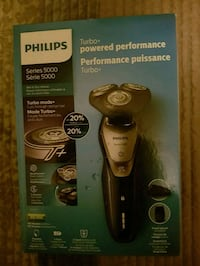 Philips series 5000 electric shaver  Guelph, N1H 7H8