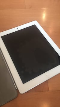 white iPad with black case Vienna, 22182