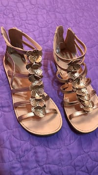 pair of brown patent leather strappy sandals Mission, 78573