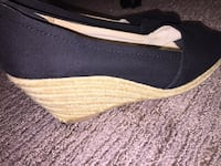 American Eagle heels! Size 8 pick up in Langley only, serious buyers only please