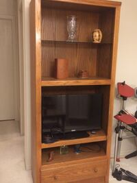 Brown wooden oak shelf  Edmonton, T5A 0P8