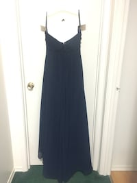 women's  NEW navy blue dress gown size 12...great for any occasion ! Oshawa, L1K 1M2