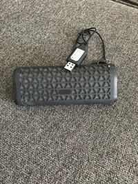 Portable Bluetooth speaker with charger  Kitchener, N2M 2L2