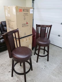 BRAND NEW BARSTOOLS 4 available