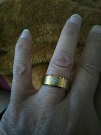Superman gold ring size 9