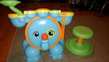 Kids drum toy