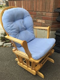 Glider with footrest  Milton, L9T