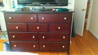 brown wooden 6-drawer dresser Manassas, 20110