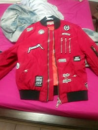 red and white zip-up jacket Hialeah, 33016
