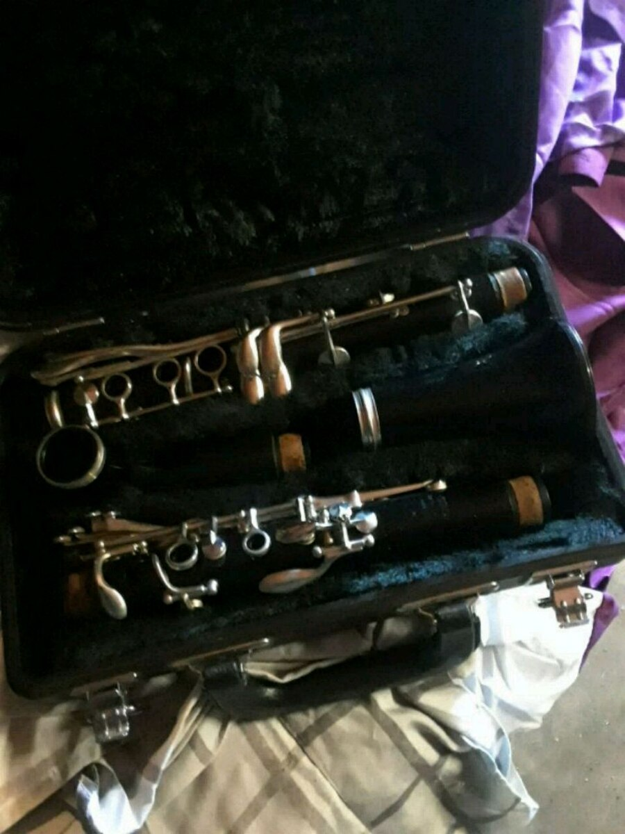 black and silver clarinet in case for sale  Hesperia
