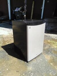 white and black single door refrigerator New Haven, 06519