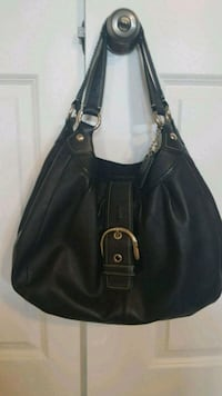 Black Coach purse Ottawa, K1G 4N1