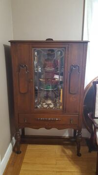 brown wooden glass cabinet London, N5Z 2E3