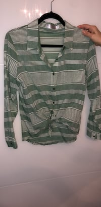 GREEN SHIRT MEDIUM  Laval, H7E 5J4