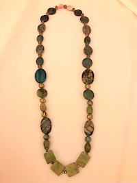 Green necklace real stones