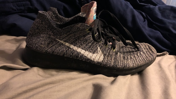 227273609f75 Used Nike free run fly knit size 10 for sale in Knoxville - letgo
