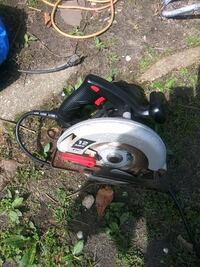 Skill saw sell on let-go Works in good condition Wall Township