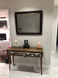 Accent table and mirror Toronto, M9W 6X1
