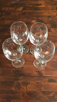 four wine glasses Vaudreuil, J7V