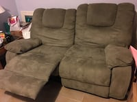 Recliner Sofa Couch Mississauga, L5V 2J5