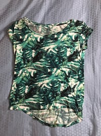 Green and white floral shirt Saanich, V8X 3V5