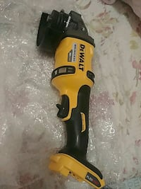 Dewalt flexbolt 60v grinder and salsaw Surrey, V3V 3N8