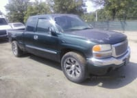 2003 GMC New Sierra 1500 crew cab pickup truck Falls Church, 22042