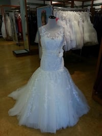 One of a kind wedding dres St Albert, T8N 1A2