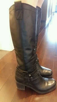 Brown's boots real leather size 7 Montréal, H2Z 1E1