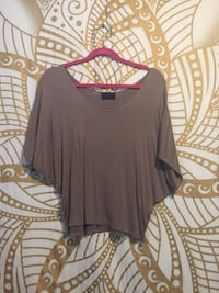 Taupe nude slouchy blouse Riverside, 92507