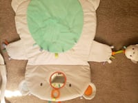 Play mat and tummy time  Alexandria, 22315