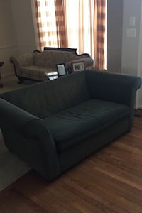 Couch Ashburn, 20148