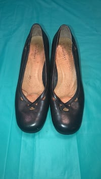 Women's shoes size 8  Vienna, 22180