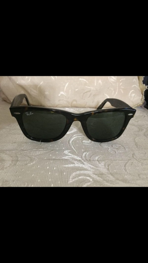 1055a21d19 Used Ray-Ban Original Wayfarer Sunglasses for sale in Toronto - letgo