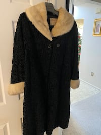 Ladies vintage Fur Coat $1500 or best offer! Abingdon, 21009