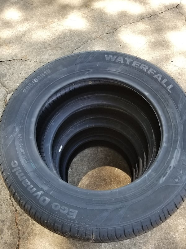 Set of brand new tires 42adced9-1804-45b6-bf3d-03aa6bf0e879