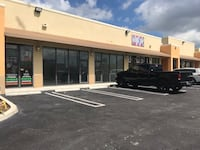 COMMERCIAL For rent Hialeah