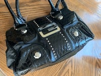 Black leather shoulder bag Chesapeake, 23321