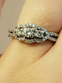 10kt white gold diamond ring Coquitlam, V3B
