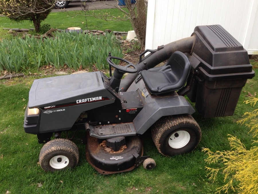 Craftsman Rear Bagger Parts : Used craftsman riding mower with rear bagger in warwick