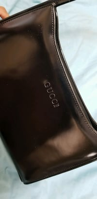 Gucci Shoulder Purse - Black - OBO Vancouver, V5V 4E1
