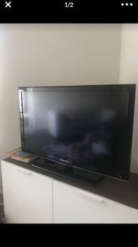 Samsung 40inch Smart TV Mc Lean, 22102