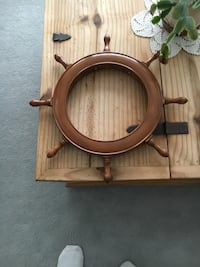 Vintage Nautical Wood Wheel. 17 Inches Wide. Great Condition Cochrane, T4C 1K6