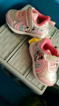 Minnie shoes new with tags